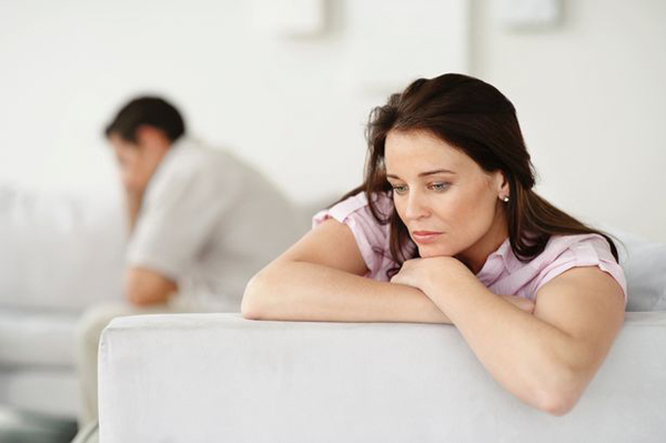 Couple+having+relationship+problems