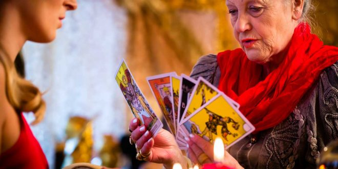 How to Do Psychic Readings for Others